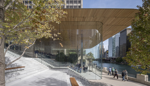 Apple Store Michigan Avenue, Chicago / Foster + Partners. Image © Nigel Young