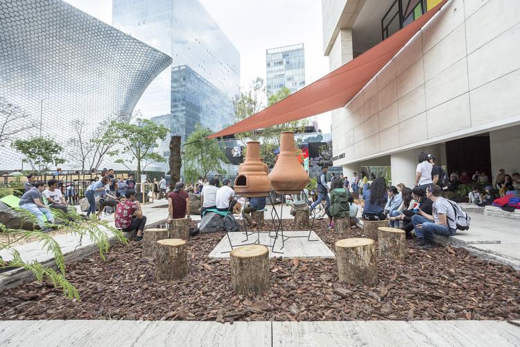 Fritz Haeg & Nils Norman: 'Propuestas para una plaza' es una forma de revelar y criticar las condiciones existentes del espacio público, Cortesía de Museo Jumex