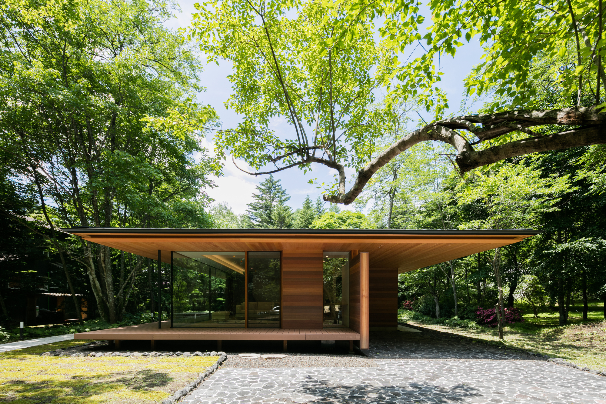 Yokouchi Residence / Kidosaki Architects Studio