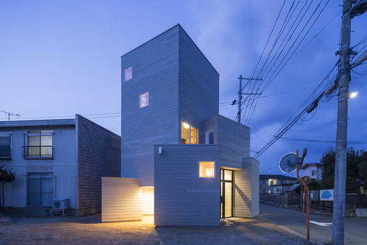 House in Fukushima / BHIS + K's planning © Shinkenchiku-sha