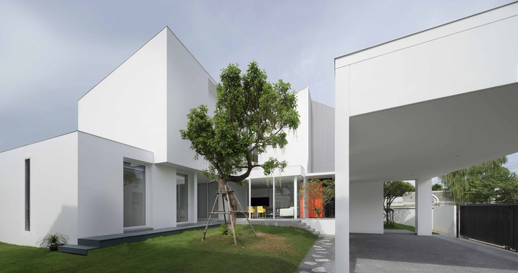 White Box / Ayutt and Associates Design, © Soopakorn Srisakul and Ayutt Mahasom