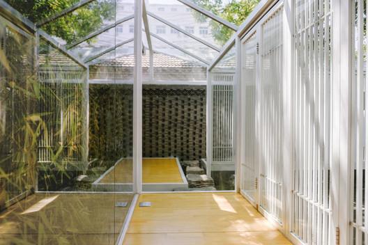 Bamboo Place, Inside Linglong terrace. Image © Xiaoqi