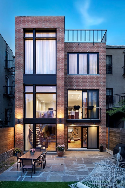 Brooklyn Passive House Plus / Baxt Ingui Architects, © John Muggenborg Photography