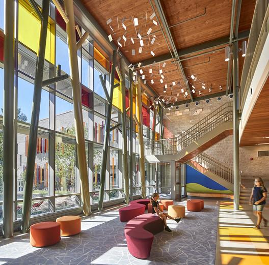 The new Sandy Hook Elementary School, designed by Svigals + Partners. Image © Robert Benson