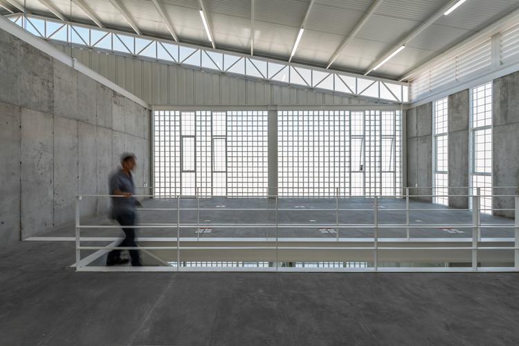 Nave Industrial RX / Emilio Alvarez Abouchard Arquitectura, © Camila Cossio