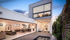 Croft Residence / AUX Architecture