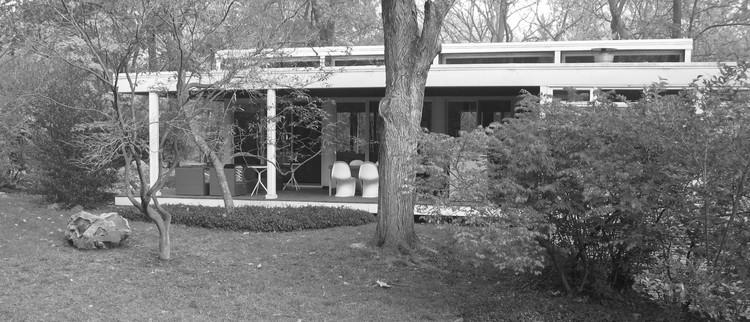 Crescendo em uma casa de vidro: como é ser filha de um arquiteto modernista intransigente?, Cortesia de Elizabeth W Garber