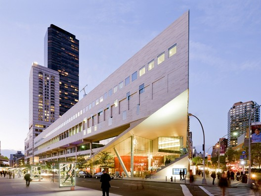 Alice Tully Hall in the Lincoln Center, New York. Image © Iwan Baan