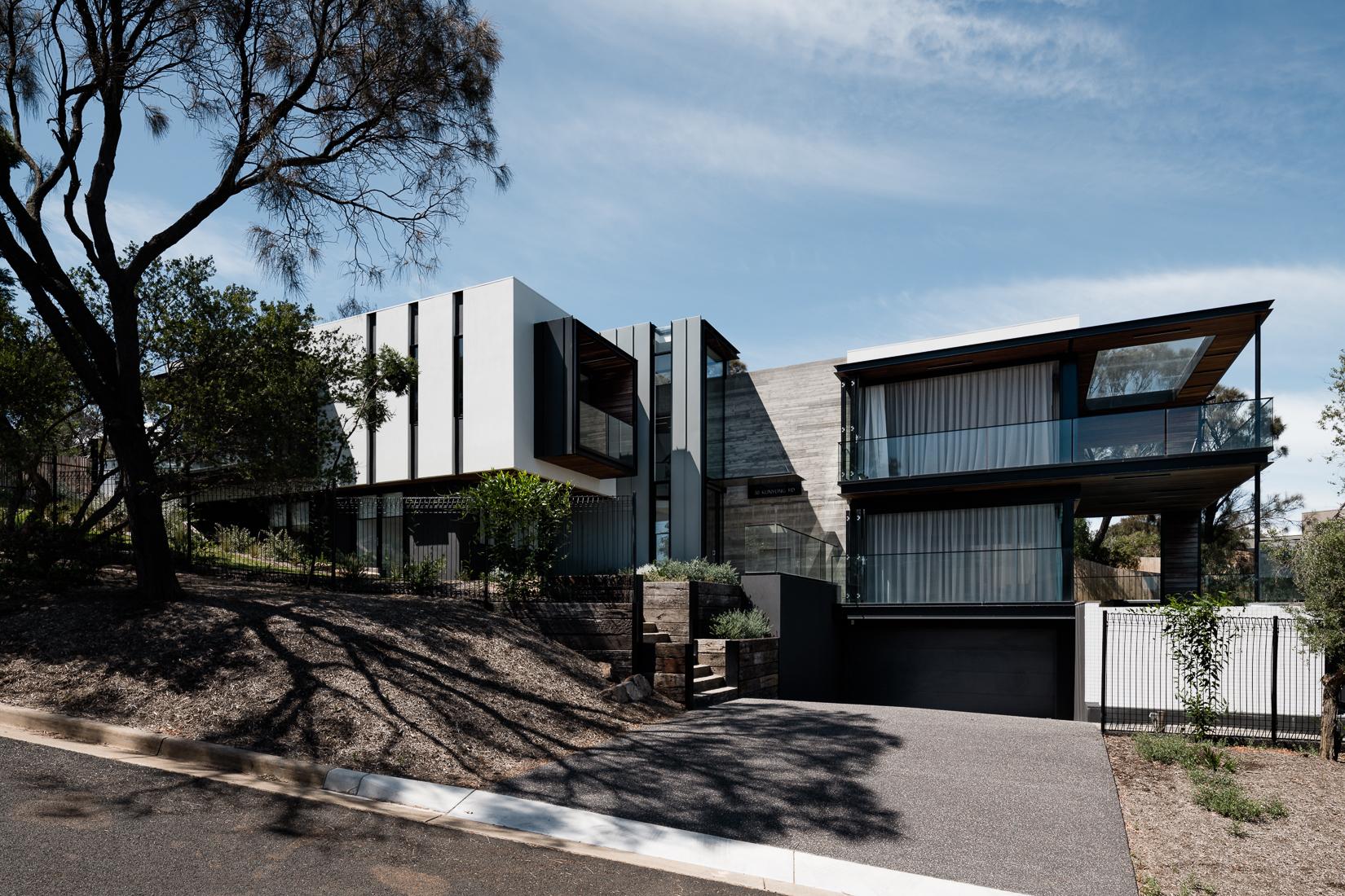 Casa Dos Ángulos / Megowan Architectural   Plataforma Arquitectura
