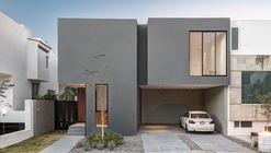 VRV40 House / Estudio erre