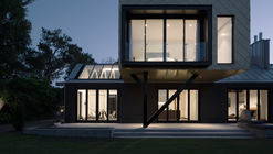 Cabinet of Curiosities / Phil Redmond Architecture + Urbanism