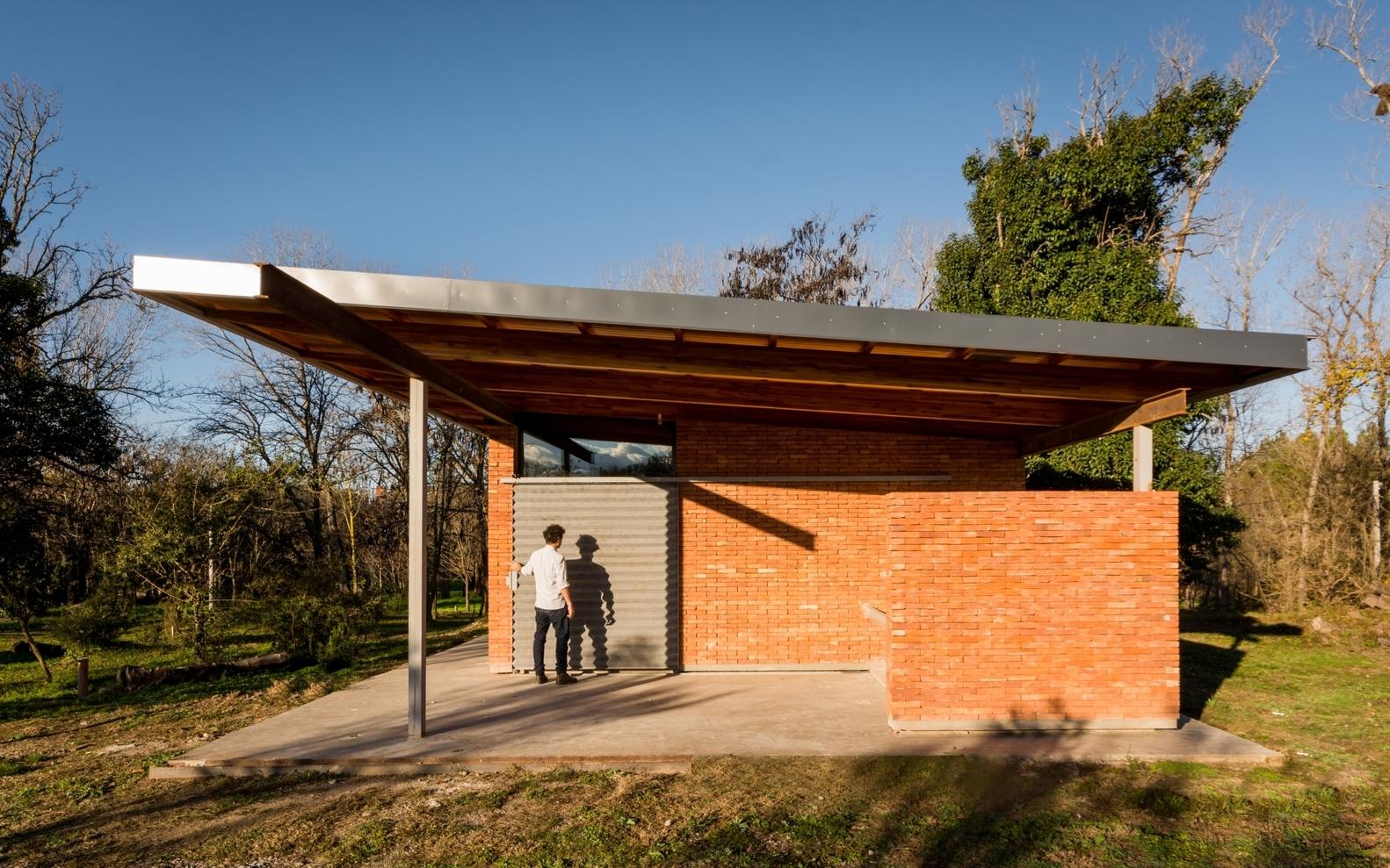 Galer a de casas de menos de 100 m2 30 ejemplos en planta for Plantas arquitectonicas de casas