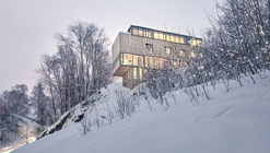 Casa dos en uno / Reiulf Ramstad Arkitekter