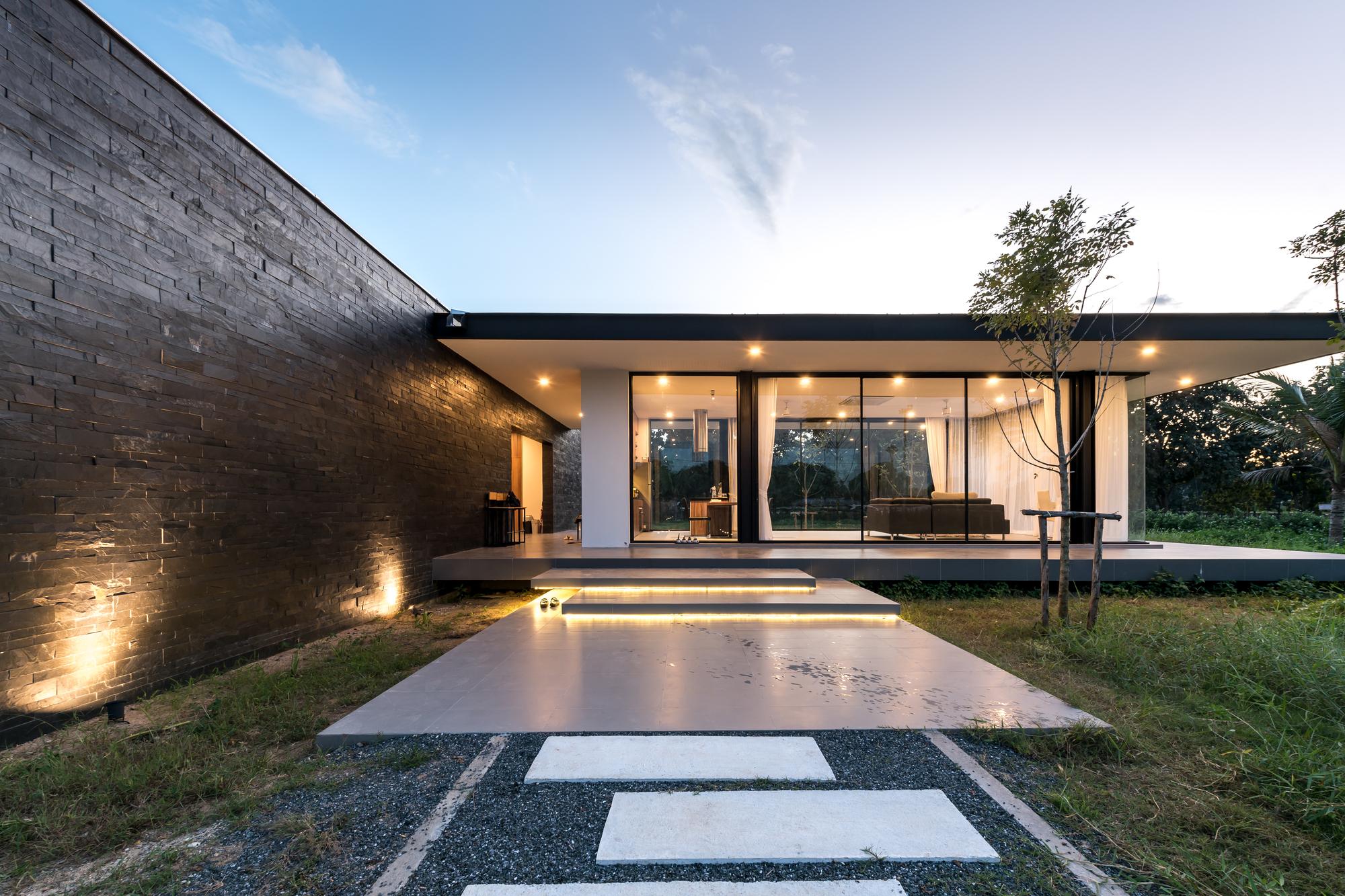 galer a de residencia maxime b l a n k s t u d i o 1. Black Bedroom Furniture Sets. Home Design Ideas