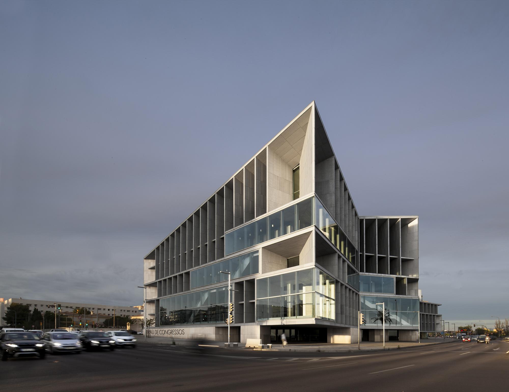 Palacio de congresos y hotel en palma de mallorca francisco mangado plataforma arquitectura - Arquitectos palma de mallorca ...