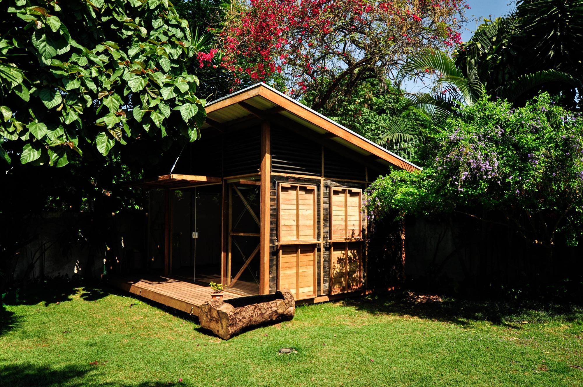 Casa Circular: arquitetas projetam atelier baseado na economia circular e princípios de sustentabilidade