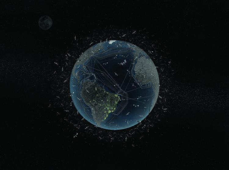 Curso explica os impactos das tecnologias digitais no ambiente, um novo meio ambiente - imagem: Lucas Girard e Gustavo Wierman