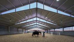 Horse Stables in Finca Ganadera / OOIIO Arquitectura