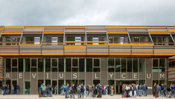 School in Doorn / Spring Architecten + MoederscheimMoonen Architects