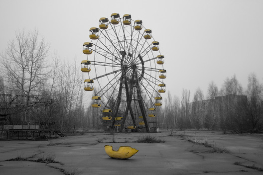Abandoned amusement park, Pripyat. Image © <a href='https://www.flickr.com/photos/oinkylicious/2329332355/in/photolist-4xQrmF-Zy21ao-Kk1D9g-Gb2HP2-Gbd54x-JowQgL-Gbd2dH-kmncdm-HhH4ar-vjHaG4-UEr5H6-a18skw-4Jfgyq-a15xDt-b8aKqR-79Cs8L-7f8k5o-6mTumV-AchudK-nMskBH-21Paa6J-YtFY7A-Zym38a-GqNxX-Zu4Rj7-Zvy49y-o4Cvtz-GvJskr-Zvy4ZV-a18r3j-nMrmxp-22mw4E4-a18sfj-9pfhyd-a18srJ-6mTu12-8AFucS-6mTu6v-6mXBWu-a18q1b-6mXBNJ-a18rMf-a15AuP-a15Aor-aR4JPT-CJcGwg-d7Z5uq-GqPr6-GqKb1-a15B3P'>Flickr user oinkylicious</a></noindex></noindex> licensed under <noindex><noindex><a target=