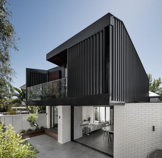 Middle Park Residence / Baldasso Cortese Architects