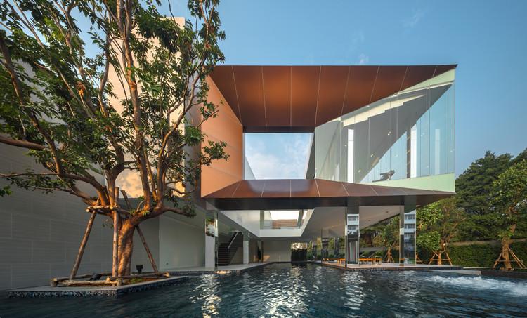 Residência-Clube Baan Klang Mueang / ForX Design Studio, © Tinnaphop Chawatin