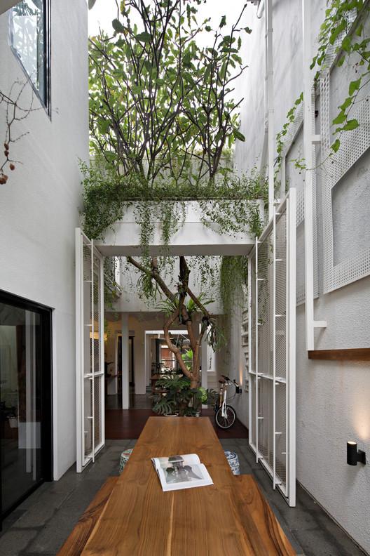 Compartment House / Studio SA_e