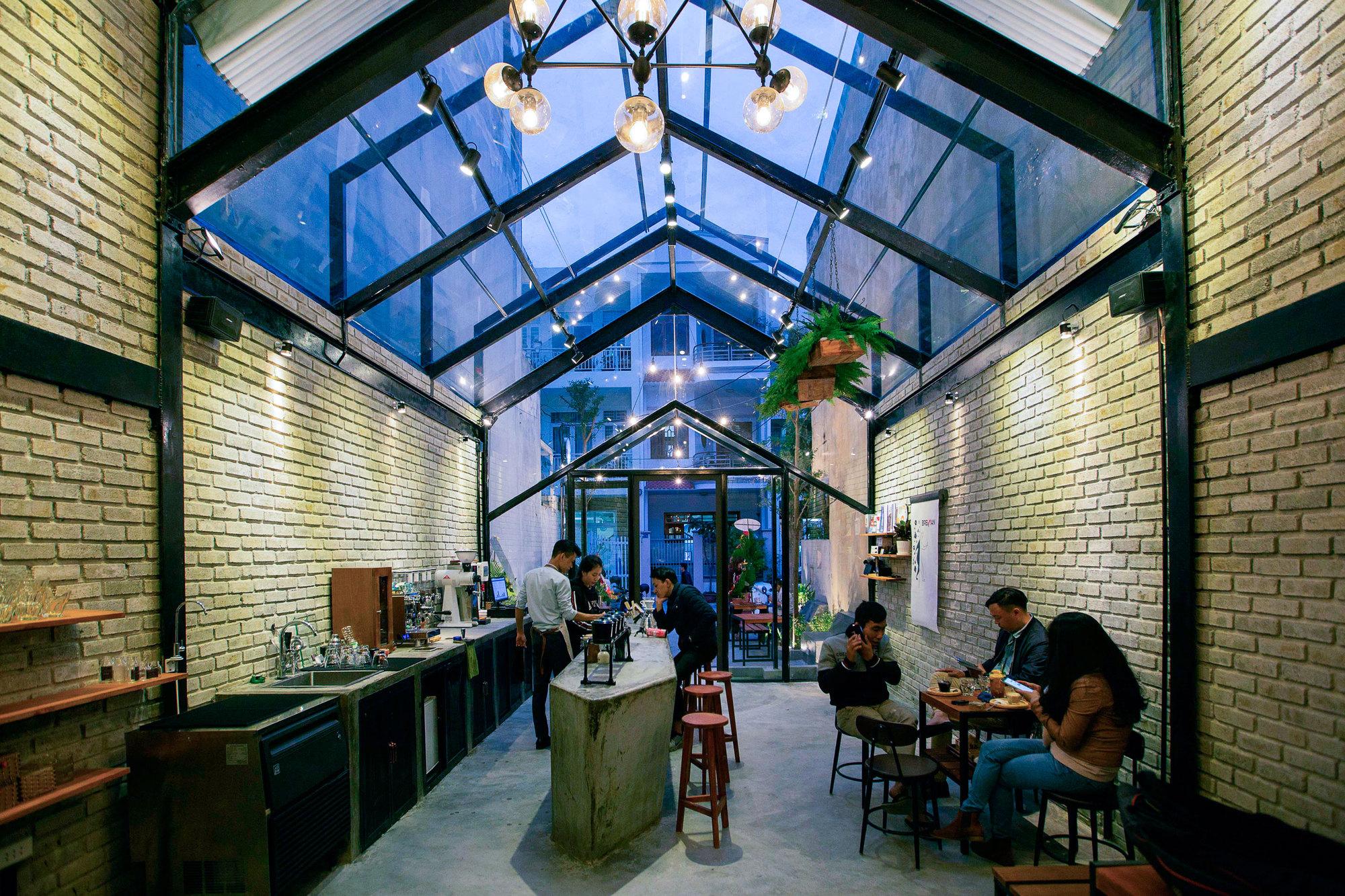 Concepto de café Brewman / 85 Design