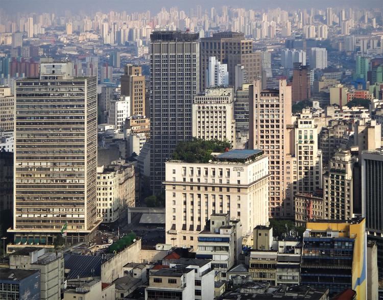 CAU divulga manifesto em defesa de uma política nacional de recuperação dos centros urbanos com foco na habitação social, Centro de São Paulo. Image © César Leite, via Flickr. Licença CC BY-NC 2.0