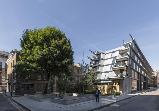 Nobu Hotel Shoreditch / Ben Adams Architects