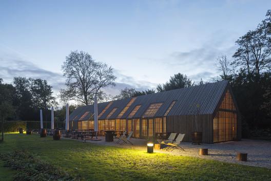 Hof van Duivenvoorde / 70F architecture. Image © Luuk Kramer