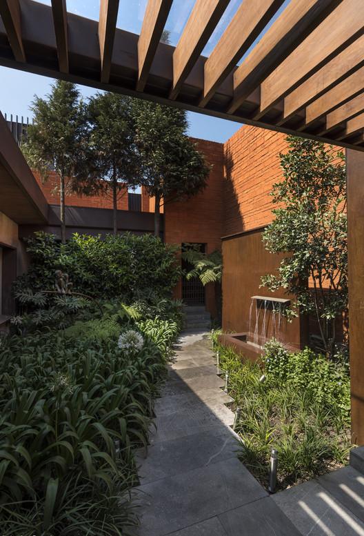Casa C260 / HDA: Hector Delmar Arquitectura, © Luis Gordoa