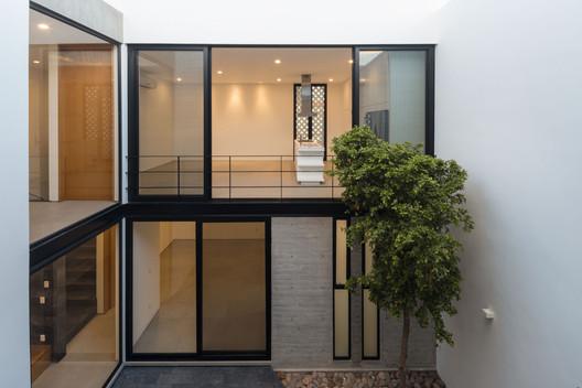 Casa de playa / [H] arquitectos