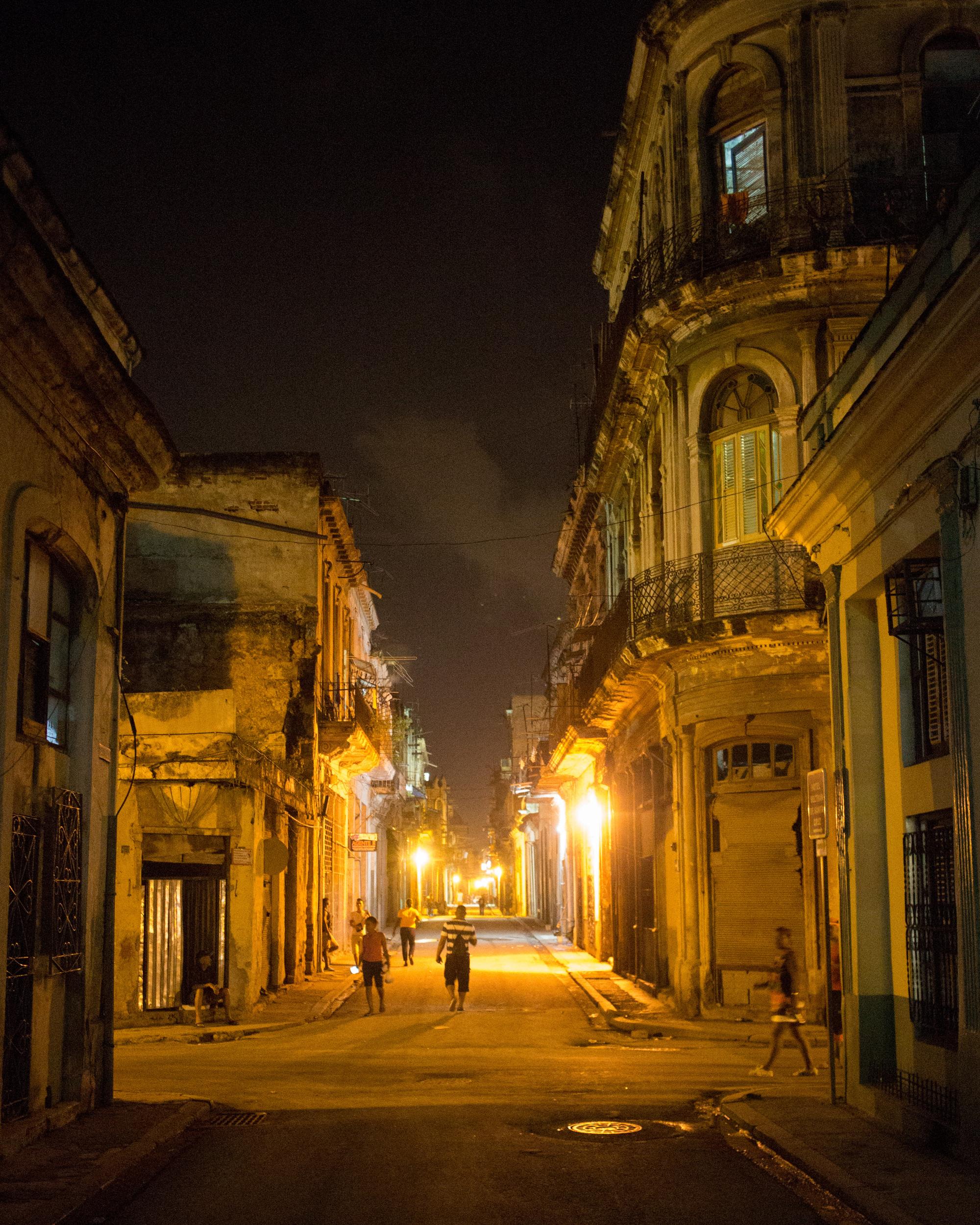 Galeria Arquitectonica: Galería De 7 Edificios En La Habana Que Evidencian La Rica