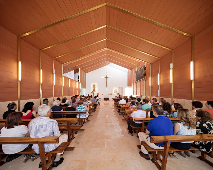 Parish Church in Brácana / Fresneda & Zamora Arquitectura, © Javier Callejas Sevilla