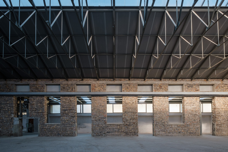 Functional Reuse of an Ex Factory in Lumezzane / Luigi Serboli + Pierangelo Scaroni, © Ilario Piatti