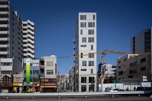 Tatsumi Apartment House. Image © Makoto Yhoshida