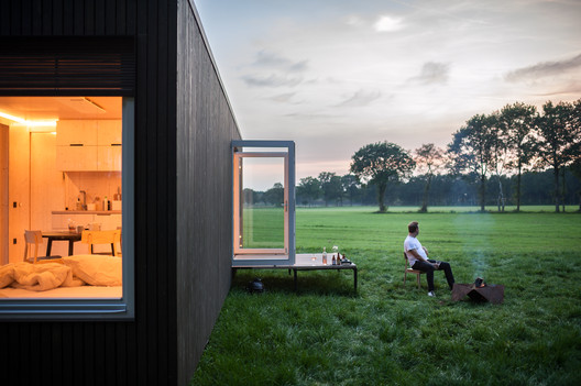 3 Cabins in Belgium / Ark-Shelter