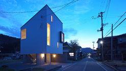 Tomi House / Takeru Shoji Architects