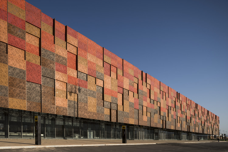 Guelmim Airport / Groupe3 Architectes, © Fernando Guerra |  FG+SG