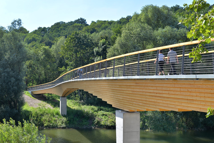 Puente de viga curva Neckartenzlingen / Ingenieurbüro Miebach, © Burkhard Walther Architekturfotografie