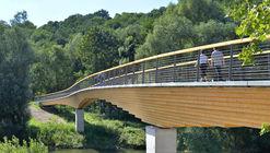 Puente de viga curva Neckartenzlingen / Ingenieurbüro Miebach