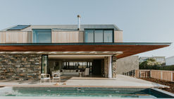 5 Fin Whale Way / SALT Architects