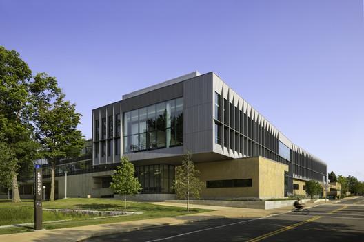 Rockefeller Arts Center at the Statue University of New York at Fredonia / Deborah Berke Partners