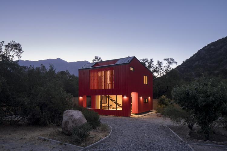 La Roja / Felipe Assadi Arquitectos, © Fernando Alda