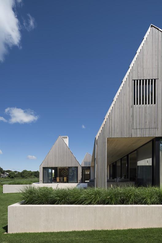 © Bates Masi + Architects