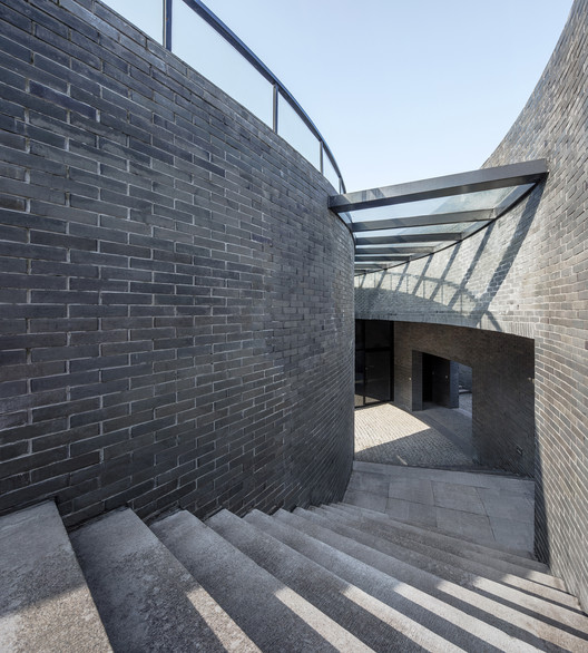 Escaleras espirales. Imagen © Hengzhong LYU