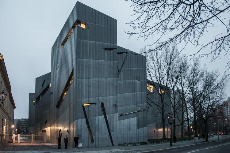 ad classics: jewish museum, berlin / studio libeskind | archdaily