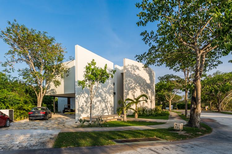 Ecomaya House / Seijo Peon Arquitectos y Asociados, © Manolo R Solís.