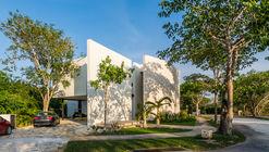 Ecomaya House / Seijo Peon Arquitectos y Asociados